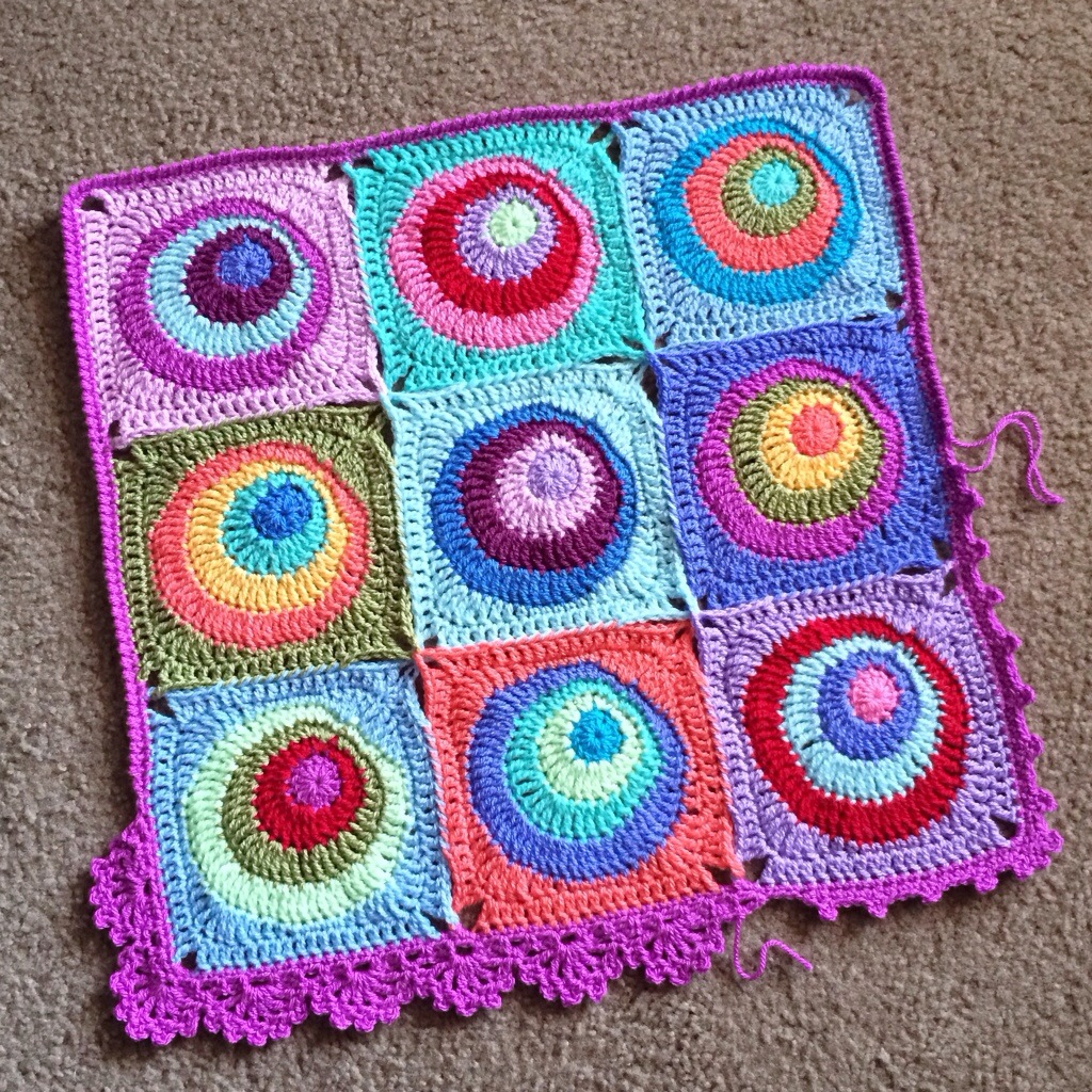 Offset Circles Blanket Pattern Available Babylove Brand